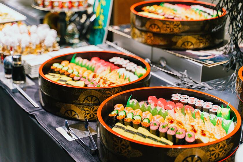 【社内イベントの事例】年齢性別問わず人気のお寿司がメインの表彰式